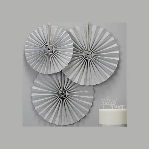 silver_circle_fan_decoration_opt