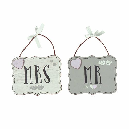 mr_mrs_hanging_plaques_opt